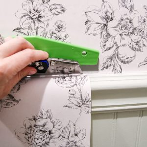 Beginners-Guide-to-Hanging-Wallpaper-5-of-10